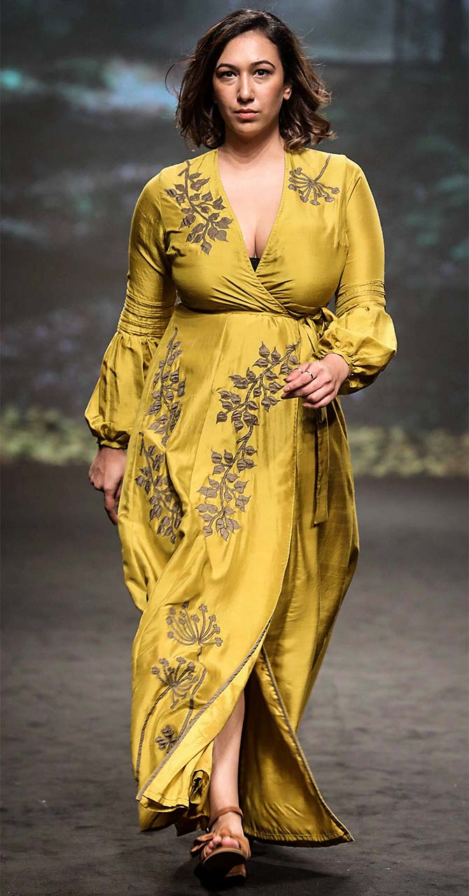 The fabrics were a mix of pure georgette, sheer Chanderi, Dupion silk and splashed with bouquets of flowers in thread work, sequins, beadwork and lots of appliqués.
