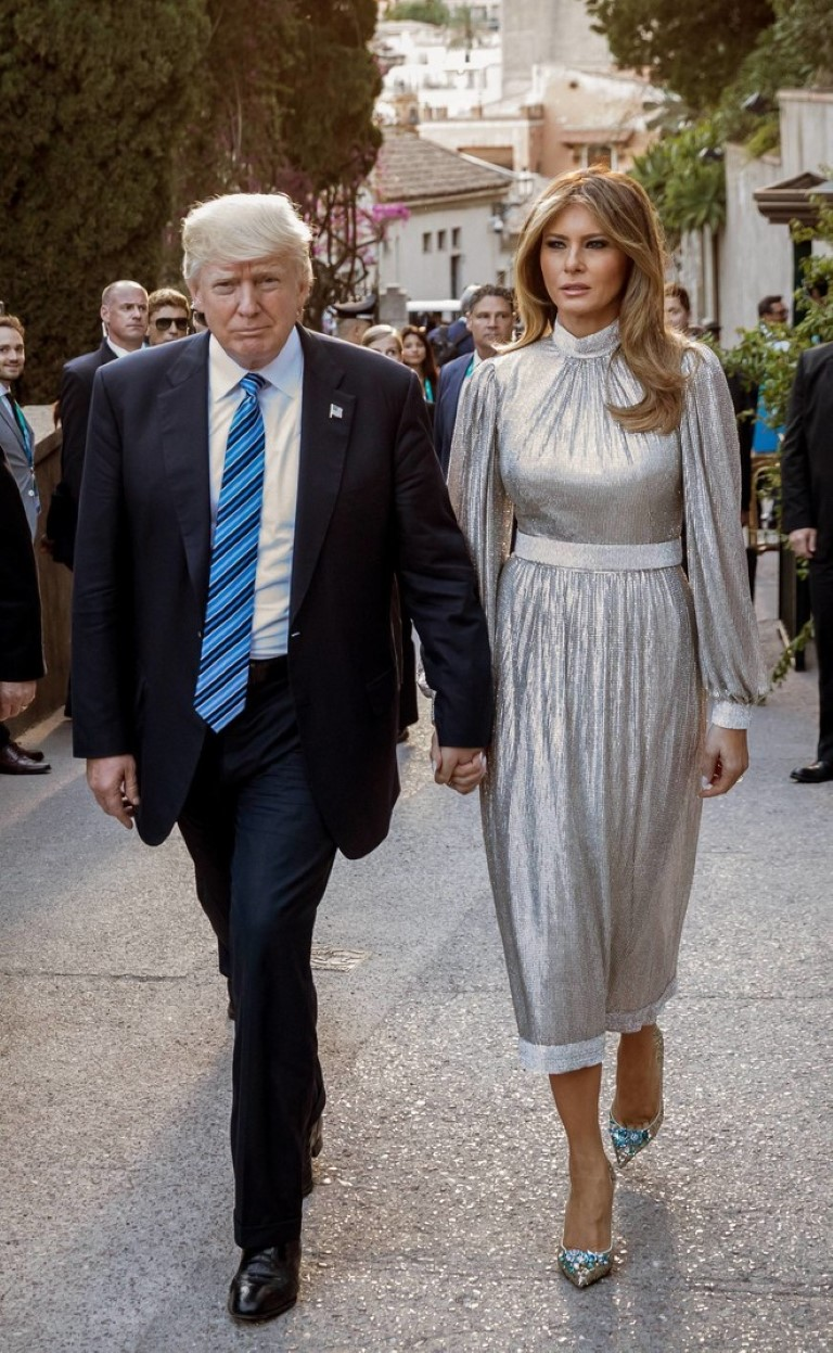 Another Dress Of Melania Trump Exhibited In The Museum /></p> <p></p> <p style=