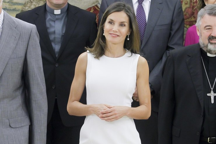 New Rules: How The Queen Of Spain Appeared In Boats For $ 100?  /></p> <p></p> <p style=