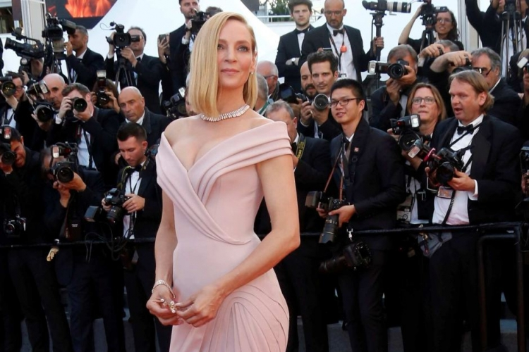 Uma Thurman Decorated The Jubilee Cover Of Love Magazine /></p> <p></p> <p style=
